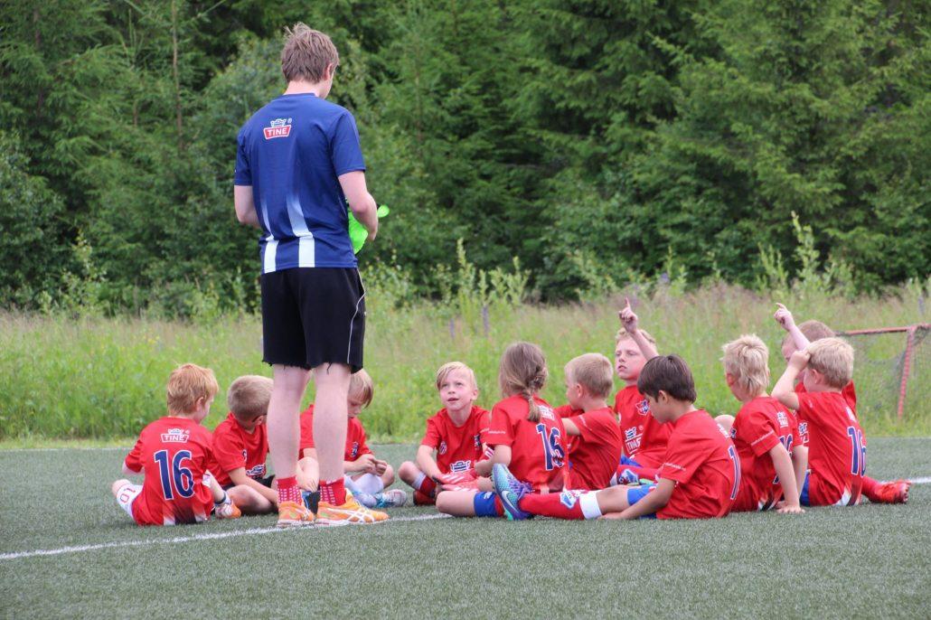 Tine Fotballskole   fuvo.no